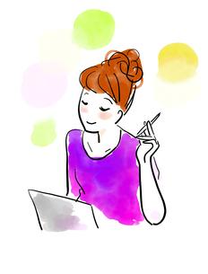 パソコンを使う女性のイラスト素材 [FYI04087395]