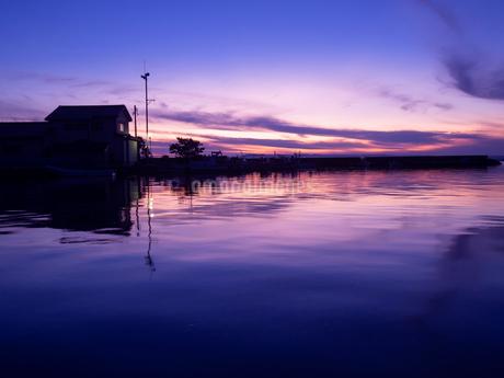 美しい夕景の写真素材 [FYI04088444]