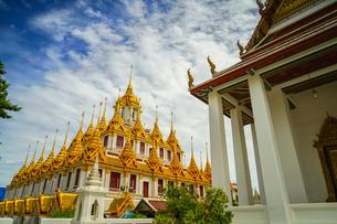 ワット・ラチャナダラム ロハプラサート(タイ王国 バンコク)の写真素材 [FYI04088576]