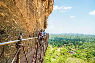 スリランカ・シーギリヤロック頂上から見える風景の写真素材 [FYI04088621]