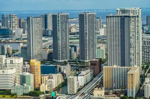 カレッタ汐留の展望台から見える東京の街並みの写真素材 [FYI04088644]