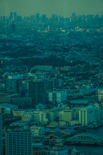 横浜ランドマークタワーから見える都市風景の写真素材 [FYI04088665]
