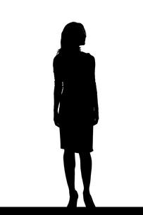 スリムな日本人女性のシルエットのイラスト素材 [FYI04089863]