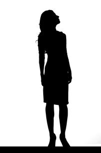 スリムな日本人女性のシルエットのイラスト素材 [FYI04089864]
