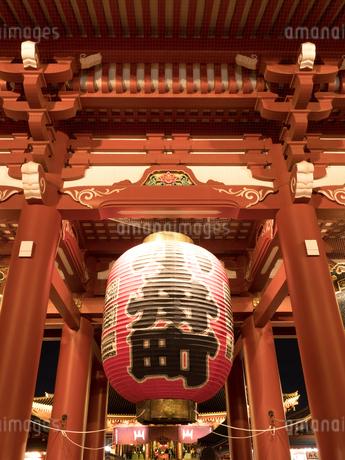 東京都 浅草寺宝蔵門の写真素材 [FYI04090245]