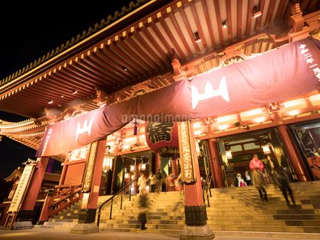 東京都 浅草寺の写真素材 [FYI04090250]