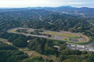 日産自動車茂木試験場の空撮写真の写真素材 [FYI04090349]