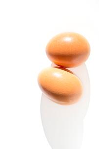 たまご 生卵 ビタミンの写真素材 [FYI04090367]