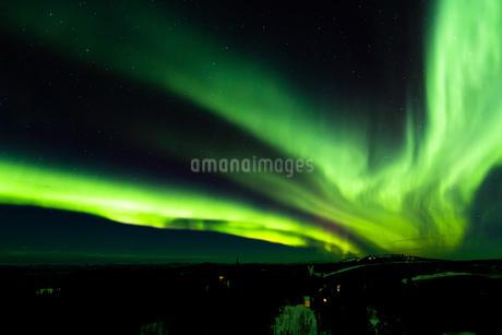アラスカ フェアバンクスのオーロラの写真素材 [FYI04090549]