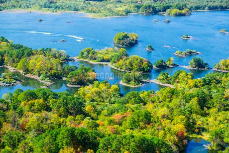空撮桧原湖の写真素材 [FYI04091206]