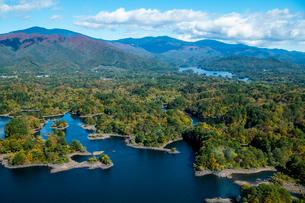 空撮桧原湖の写真素材 [FYI04091207]
