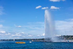 スイス、ジュネーブ大噴水の写真素材 [FYI04093524]