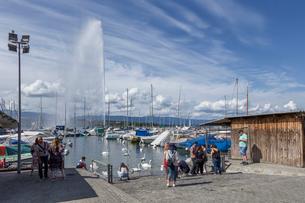 スイス、ジュネーブ、レマン湖の風景の写真素材 [FYI04093653]