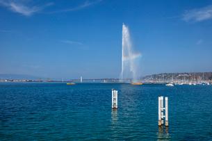 スイス、ジュネーブ、レマン湖と大噴水の写真素材 [FYI04093773]