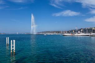 スイス、ジュネーブ、レマン湖と大噴水の写真素材 [FYI04093775]
