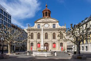 スイス、ジュネーブ市街の写真素材 [FYI04093802]