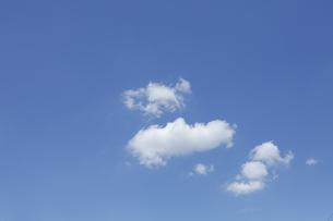 青空と雲の写真素材 [FYI04094739]