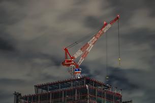 みなとみらいの建設中のビルのイメージの写真素材 [FYI04094989]