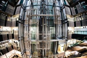 豊島区役所の構造の写真素材 [FYI04095081]