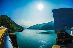 宮ヶ瀬ダムの写真素材 [FYI04095096]