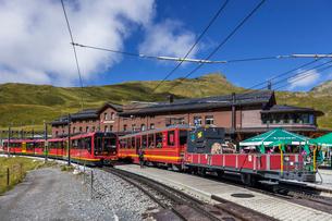 スイスの登山鉄道、ユングフラウ鉄道の写真素材 [FYI04095304]