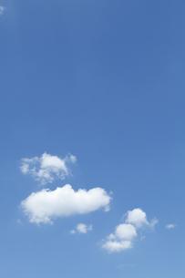 青空と雲の写真素材 [FYI04095568]