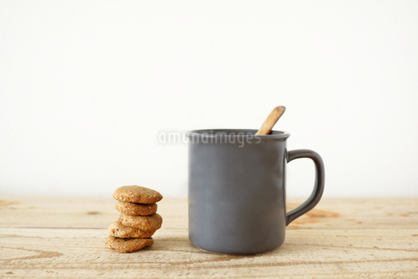 Coffee and Cookiesの写真素材 [FYI04096627]
