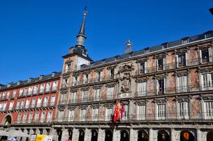 スペイン マドリッドのマヨール広場の写真素材 [FYI04097149]