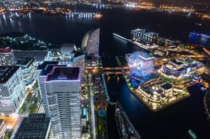 横浜の夜景 みなとみらいの写真素材 [FYI04097361]