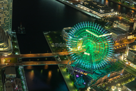 横浜の夜景 みなとみらいの写真素材 [FYI04097363]