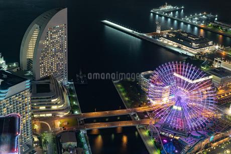 横浜の夜景 みなとみらいの写真素材 [FYI04097366]