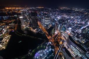 横浜の夜景 みなとみらいの写真素材 [FYI04097393]