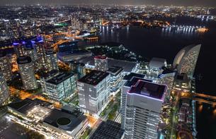 横浜の夜景 みなとみらいの写真素材 [FYI04097397]