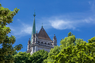 スイス、ジュネーブ旧市街、サン・ピエール大聖堂の写真素材 [FYI04097453]