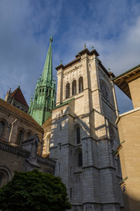 スイス、ジュネーブ旧市街、サン・ピエール大聖堂の写真素材 [FYI04097485]