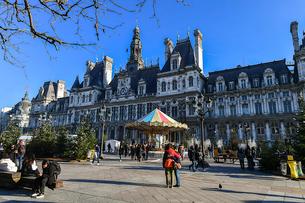 パリの建物の写真素材 [FYI04097526]