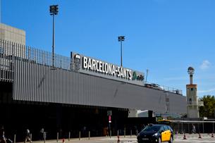 スペイン バルセロナのサンツ駅の写真素材 [FYI04097860]