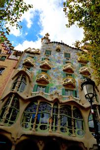 スペイン バルセロナのカサ・バトリョの写真素材 [FYI04097865]