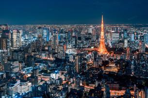 東京都心の夜景の写真素材 [FYI04098070]