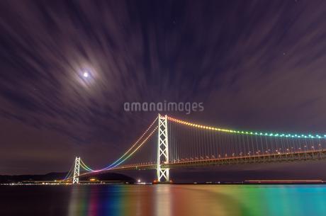 明石海峡大橋の写真素材 [FYI04100515]