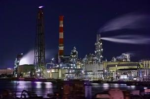 川崎工場夜景の写真素材 [FYI04100638]