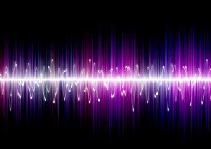 黒背景に白い光で描かれた波状の表の写真素材 [FYI04101300]