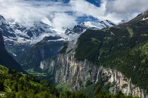 スイスアルプス、ミューレンの写真素材 [FYI04101862]