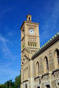 スペイン トレド駅の駅舎の時計台の写真素材 [FYI04102159]