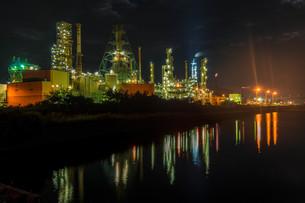 室蘭工場夜景の写真素材 [FYI04103335]
