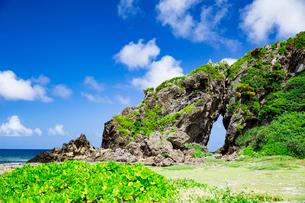 自然に形成された奇岩のミーフガーの写真素材 [FYI04104354]