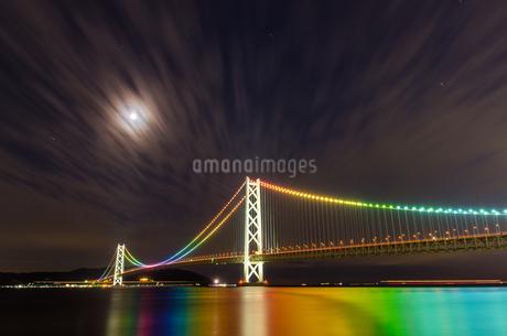 明石海峡大橋の写真素材 [FYI04104659]