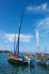 スイス、ジュネーブのレマン湖風景の写真素材 [FYI04105232]