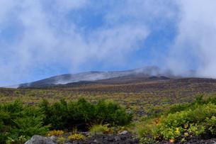 富士山5合目からの山頂の写真素材 [FYI04105302]