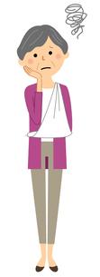 シニア女性 三角巾のイラスト素材 [FYI04105823]